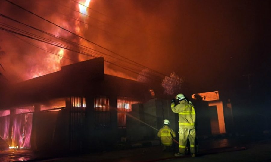 Toko Material di Balaraja Dilalap Api, 8 Mobil Damkar Turun atasi Kebakaran
