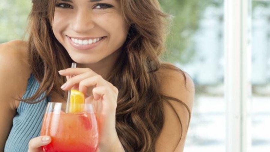 Kenali Manfaat Mengkonsumsi Jus Tomat untuk Kesehatan Tubuh