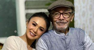Krisdayanti dan Yuni Shara Saksikan Proses Pemakaman Ayah Lewat Video Call