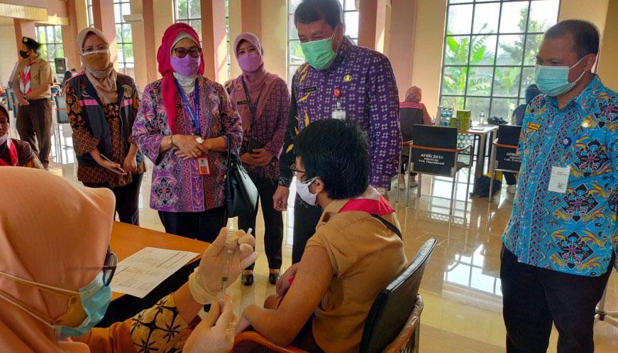 500 Orang Anggota Kwarcab Pramuka Kabupaten Tangerang Ikuti Vaksinasi Massal