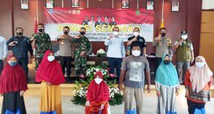 Polda Banten dan Korem 064/My Salurkan Paket Sembako kepada Masyarakat