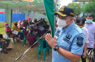 Bupati Zaki Monitoring Pelaksanaan Vaksinasi di Waterboom Batavia Splash