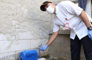 Bupati Zaki Tinjau Pembukaan Program Sambungan Langsung Air Bersih di Teluknaga
