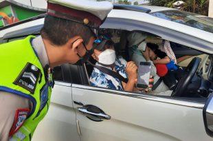 Polda Banten Batasi Wisatawan di Wilayah Pantai Anyer