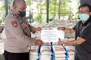 Polda Banten Terima Bantuan 1 Ton Beras Dari PT Cibaliung Sumber Daya