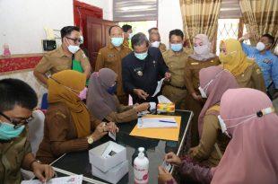Walikota Syafrudin Tinjau Pelaksanaan Test Swab Bagi PPPK Guru Kota Serang