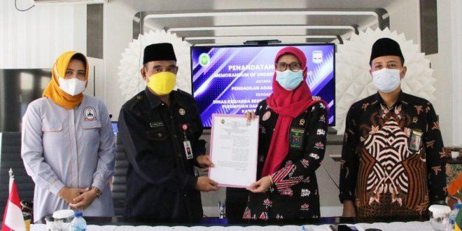 Pengadilan Agama dan DKBP3A Kabupaten Serang Tandatangani MoU Konseling Perkawinan