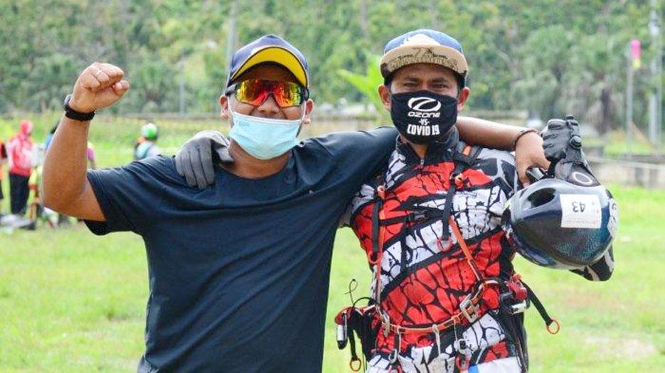 Tim Paralayang Banten Raih 1 Medali Emas dan 2 Medali Perak PON XX Papua